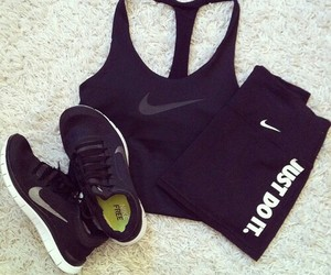 workout clothes image