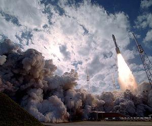 rocket ship image