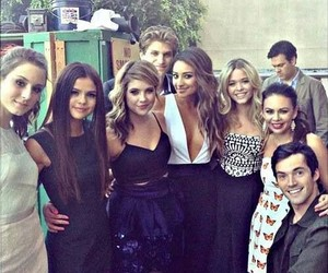 selena gomez, pretty little liars, and pll image