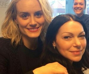 taylor schilling, laura prepon, and orange is the new black image