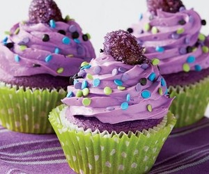 cupcakes, delicious, and icing image