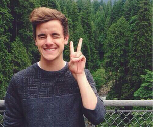 connor franta, youtube, and o2l image