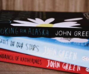 books, header, and john green image