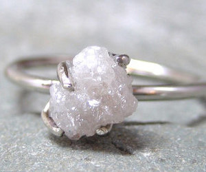 ring and rough diamond image