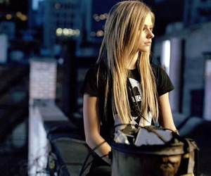 Avril Lavigne and blonde image