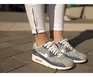 air max and shoes image
