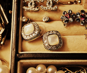 chanel and rings image