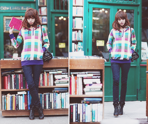 book, girl, and ulzzang image