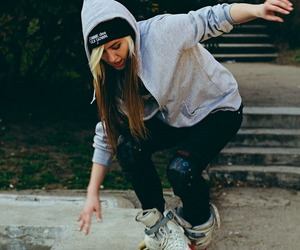 girl and rollerblading image