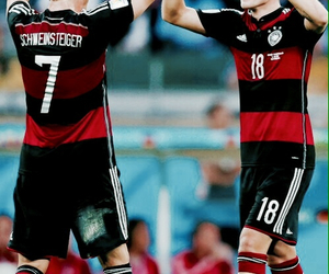 germany, world cup, and toni kroos image