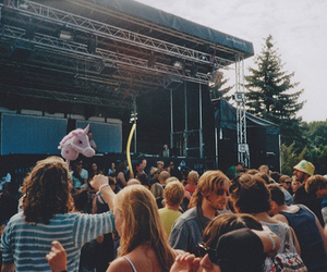 concert, people, and indie image
