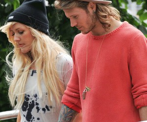 dougie poynter and Ellie Goulding image