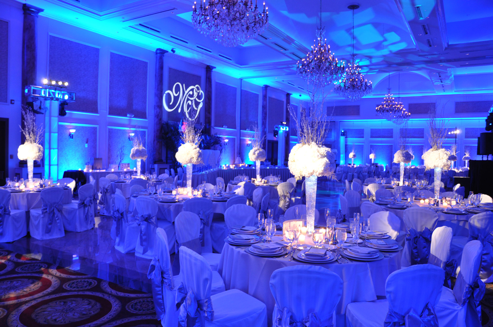 What An Elegant Upscale Wedding Reception We Love The Magical