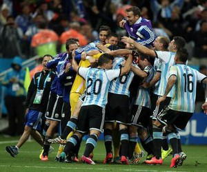 argentina, messi, and final image