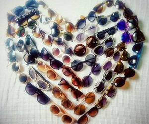 heart and sunglasses image