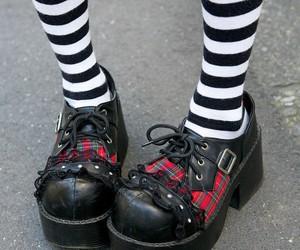 fashion, goth, and Harajuku image