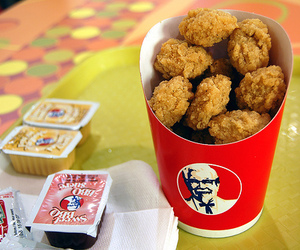 food, KFC, and Chicken image