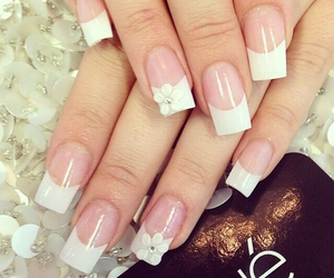 bow, nails, and pretty image