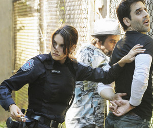 missy peregrym, ben bass, and rookie blue image