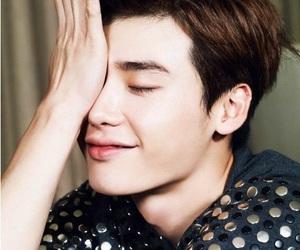 actor, model, and lee jong suk image