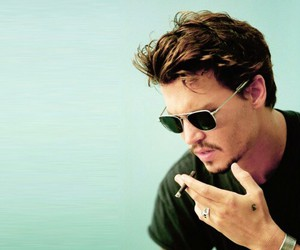 johnnydepp, smoke, and tumblr image