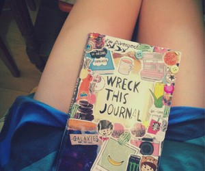 wreck this journal and saccage ce journal image