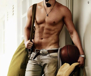 chain, channing, and sixpack image