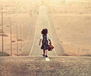 child and road image