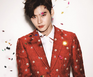 confetti, red, and suit image