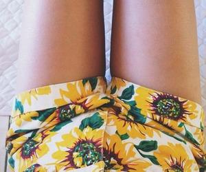 fashion, tumblr, and high waisted image