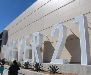 forever 21 image