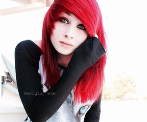 alt girl, dyed hair, and pinup image