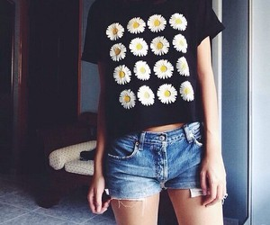 outfit, fashion, and daisy image