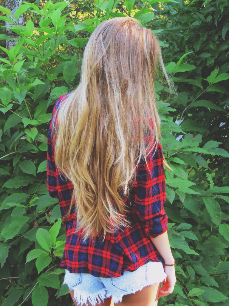 Dark Blonde Long Hair With Highlights And Layers