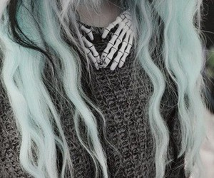 hair, pastel, and pastel goth image