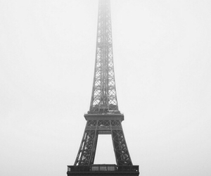 black and white, eiffel tower, and gradient image