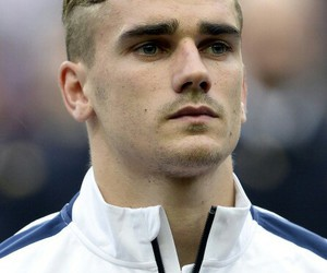 antoine griezmann, football, and france image