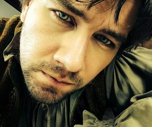 eyes, reign, and torrance coombs image