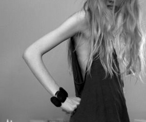 blonde and skinny image
