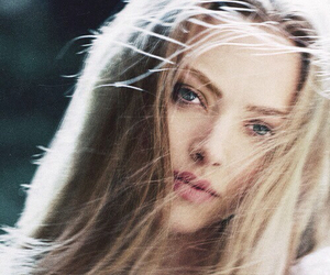 amanda seyfried, hair, and blonde image