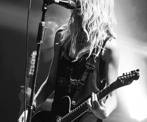b&w, the pretty reckless, and black & white image