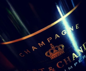 champagne, moet, and chandon image