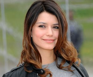 beautiful, beren saat, and girl image