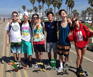 aaron, carpenter, and magcon image