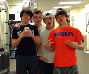 aaron carpenter, hayes grier, and shawn mendes image