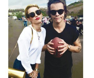 miley cyrus and Harry Styles image