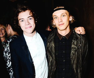 Harry Styles, Jamie Campbell Bower, and one direction image