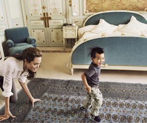 Angelina Jolie, family, and kids image