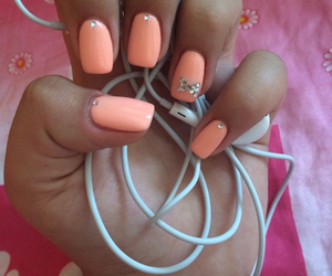 nails, sparkling nails, and squares peach color image