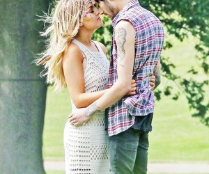 beatiful, zerrie, and love image